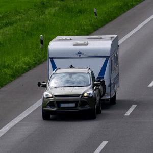 caravan auto overtocht